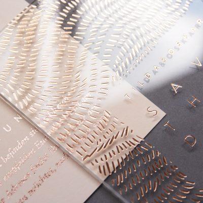 Save the Date auf Acryl im Design Tilda